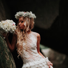 Wedding photographer Roma Mamruk (romarijii). Photo of 13.02.2018