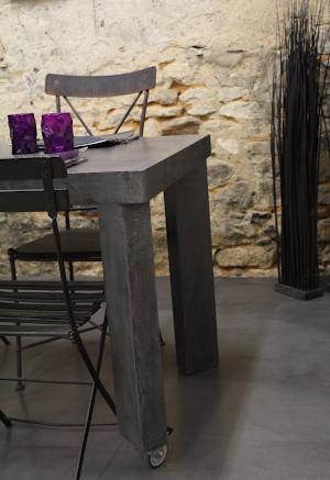 mobilier-sur-mesure-en-beton-cire-decoratif-pour-maison-moderne-paris-les-betons-de-clara