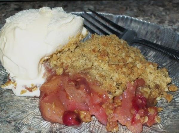 Autumn Bliss ~ Pear, Apple, & Cranberry Crisp Recipe