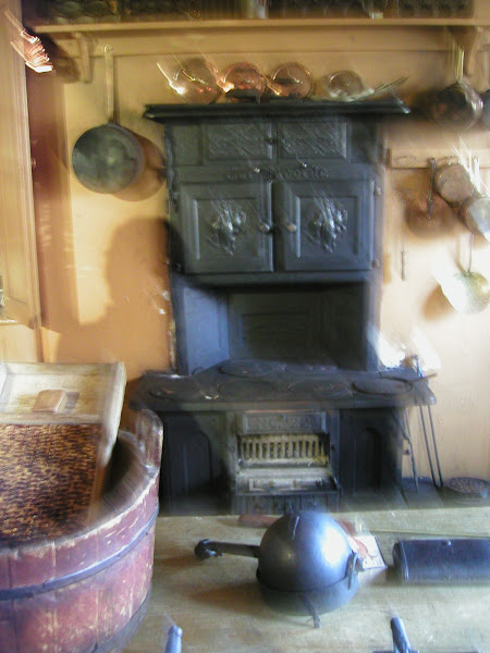 Photo: Sorry for the blur. Its my only pic of the stove at Mackenzie House - Home of William Lyon Mackenzie, former Toronto mayor, one of the leaders of the 1837 rebellion and the push for Reform against the Family Compact. And publisher of the Colonial Advocate, the Reform newspaper.