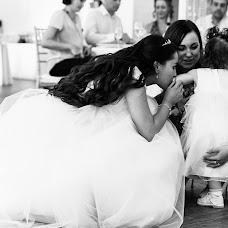 Wedding photographer Dmitriy Shumeev (wedmoment). Photo of 01.12.2017