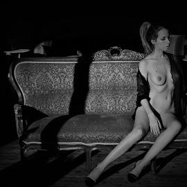 Wanda by Adriano Ferdinandi - Nudes & Boudoir Boudoir
