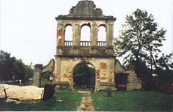 Photo: 06 Zniszczona dzwonnica, 1992. Fot. S. Czyżewska, nadesłała W. Nowakowska.