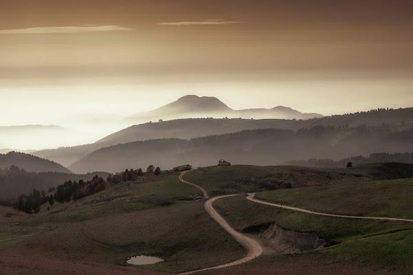 La montagna che emerge di NickAdami