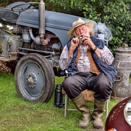 by Betty Taylor - Uncategorized All Uncategorized ( old timers, farm, tractors,  )