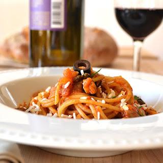 "Spaghetti ""Chunky Puttanesca"""