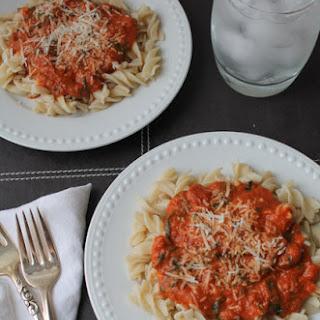 Creamy Tomato & Spinach Pasta – Gluten Free