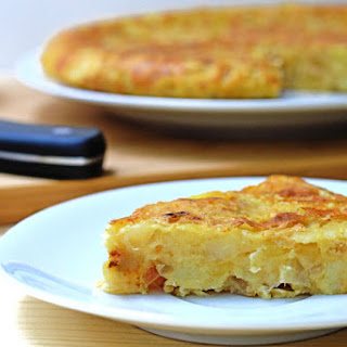 Spanish Potato Omelette (vegan and low in oil).