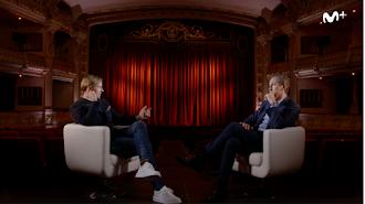 José María Gutiérrez y Jorge Valdano, durante la entrevista en el Cervantes.