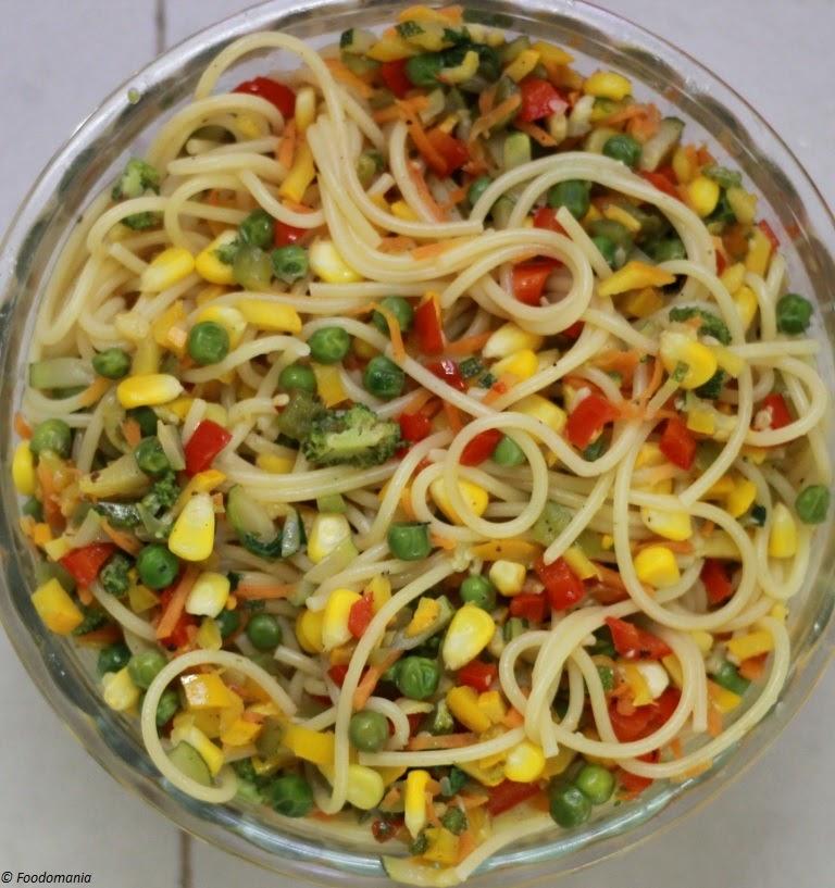 Italian Pasta Primavera Recipe | Classic Vegetarian Pasta with Fresh Veggies | Foodomania