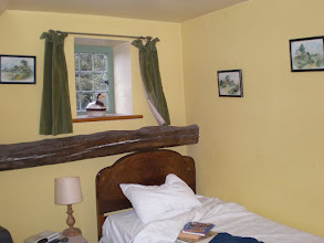 Photo: Norfolk Coast Path - From Warham to Wiveton - My room at The Three Horse Shoes (Warham)