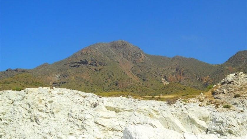 El Cerro de la Testa, en Níjar.