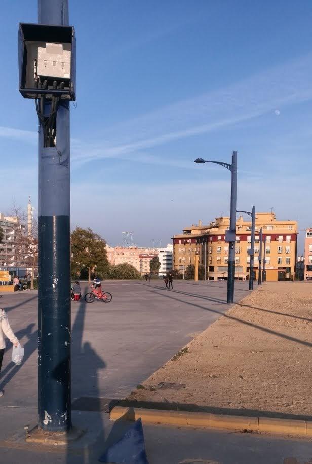 Soler (AxSí) denuncia las carencias del recinto ferial de Algeciras