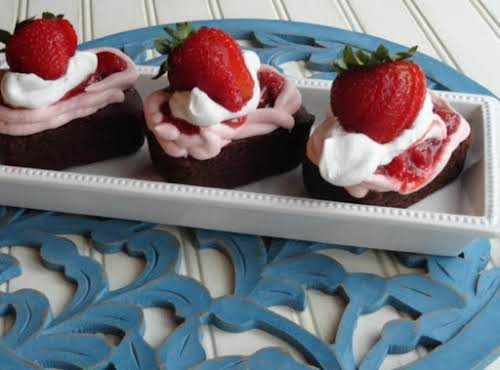 "Chocolate Strawberry Valentines ""These cakes make a beautiful presentation - and they're so..."