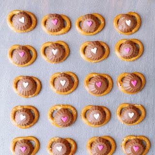 Peanut Butter-Chocolate Valentine Pretzels