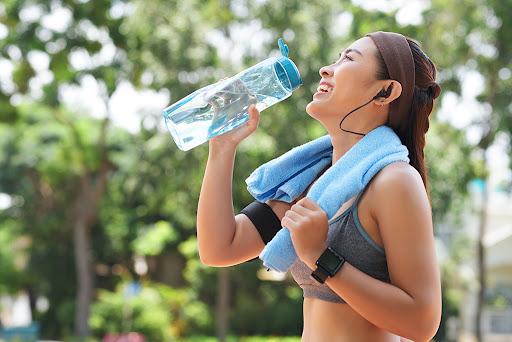 Como mantenerse hidratado al momento de ejercitarse