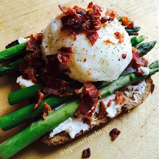 Egg Asparagus Toast