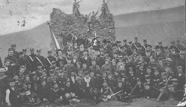 Photo: Прокупље-Ђурђевдански уранак на Југ Богдановој кули 1908.
