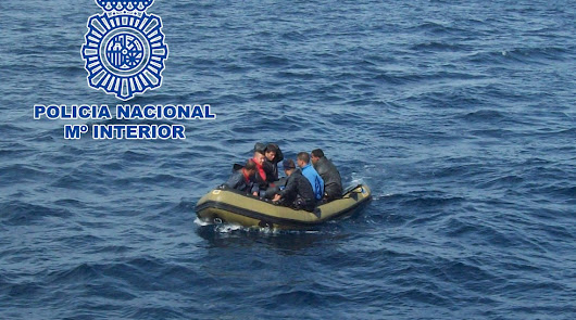 Detienen al patrón de una patera que desembarcó en la Isleta del Moro