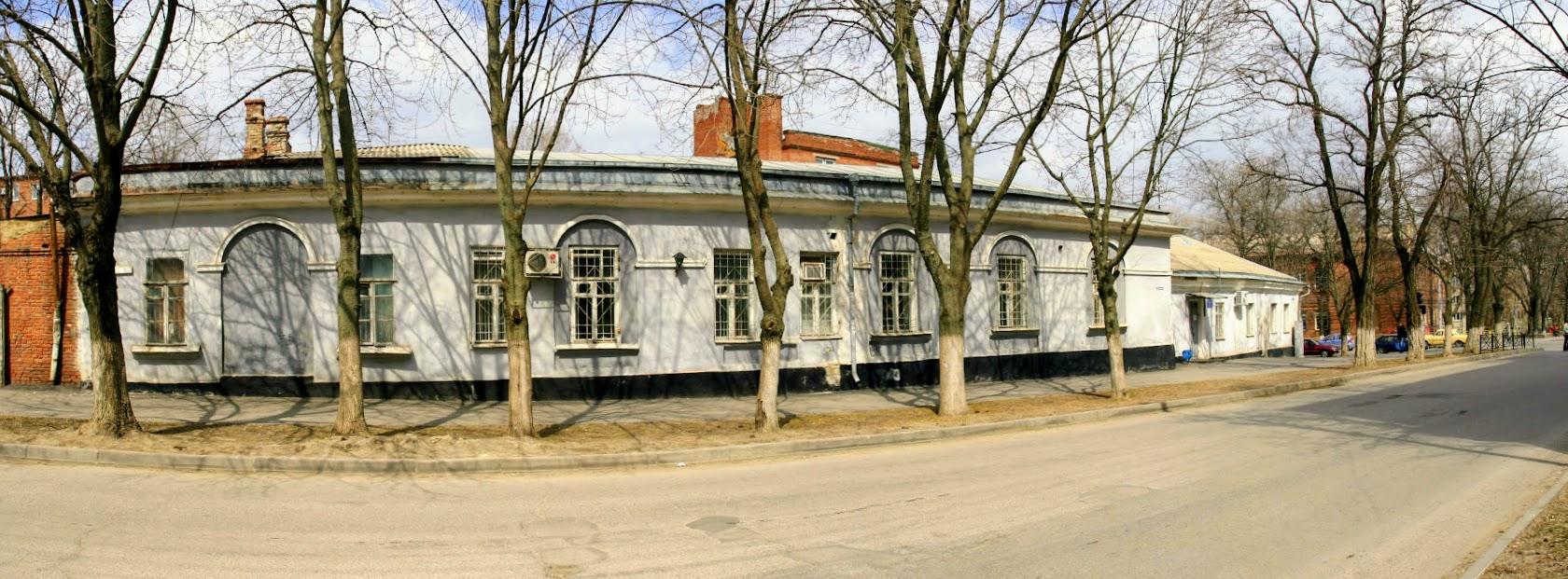 https://sites.google.com/site/istoriceskijtaganrog/frunze-ulica/dom-45