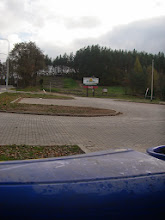 Photo: w oddali czołg