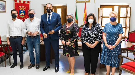 El PP recupera la alcaldía de Felix con Baldomero Martínez
