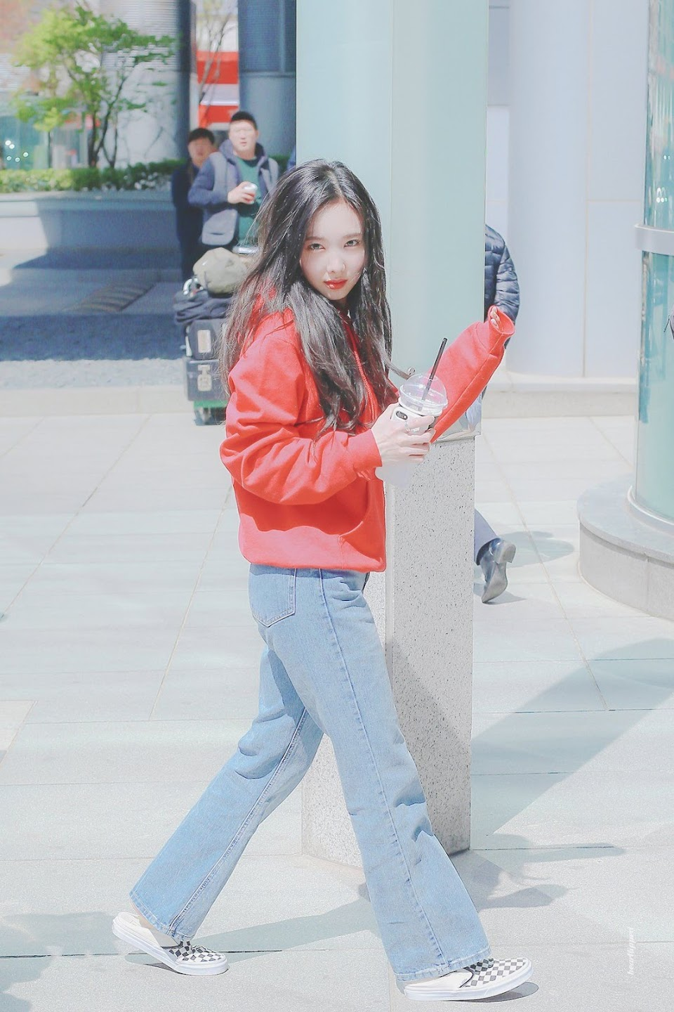 nayeon airport fashion5