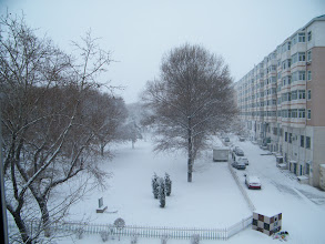 Photo: 2nd snow in winter 2012, after delayed warm sunny weeks, as Holy guaranteed. here 2nd day of snowing in QRRS Dorms where benzrad 朱子卓 preparing his new family, Royal China, esp. his 3rd wife, girl Zhou.