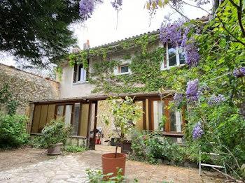 maison à Ruffec (16)