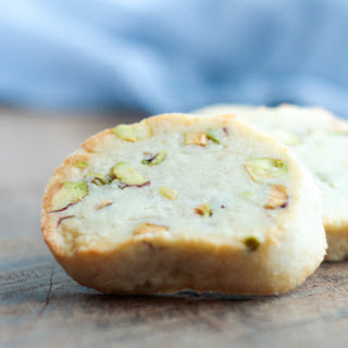 Easy Keto Pistachio Shortbread Cookies.