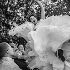 Wedding photographer Aleksandr Usov (alexanderusov). Photo of 16.04.2017