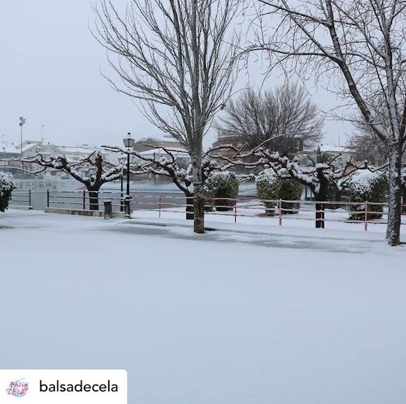 Imagen de la Balsa de Cela, en Lúcar, nevada. / Instagram: @balsadecela