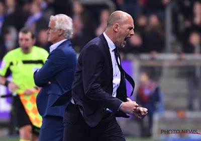 Clement haalt loftrompet boven na uithaal tegen Anderlecht
