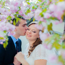 Wedding photographer Valentin Chernov (Valtron). Photo of 12.05.2014