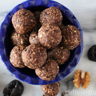 Chocolate and Coconut Snack Bites.