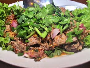 Photo: southern grilled beef salad