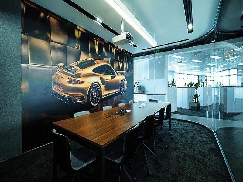 khu vực phòng họp tại Porsche Việt Nam