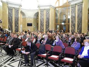 Photo: Inauguration de l'exposition the Gabonionta dans le hall d'entrée du Musée d'Histoires Naturelles NHM.