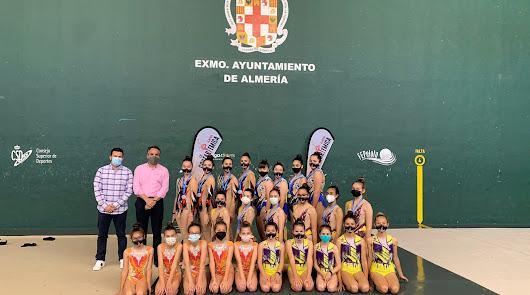 El club Costarítmica logra tres medallas
