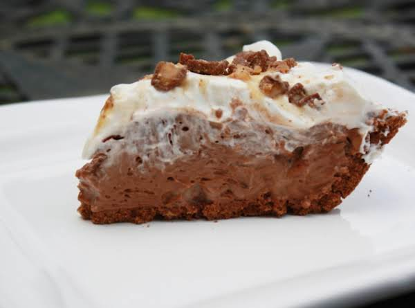 Candy Crunch Chocolate Pie Recipe