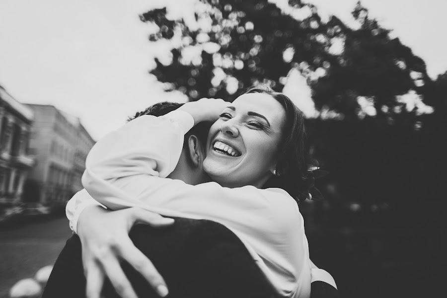 Wedding photographer Ekaterina Troyan (katetroyan). Photo of 16.02.2017