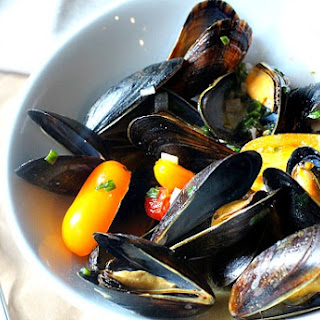 Cook Street Mussels.