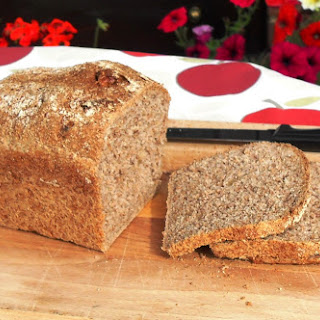 Walnutty Wholemeal Bread Recipe
