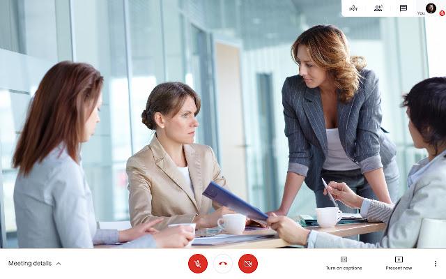 Presenter Mode for Google Meet™