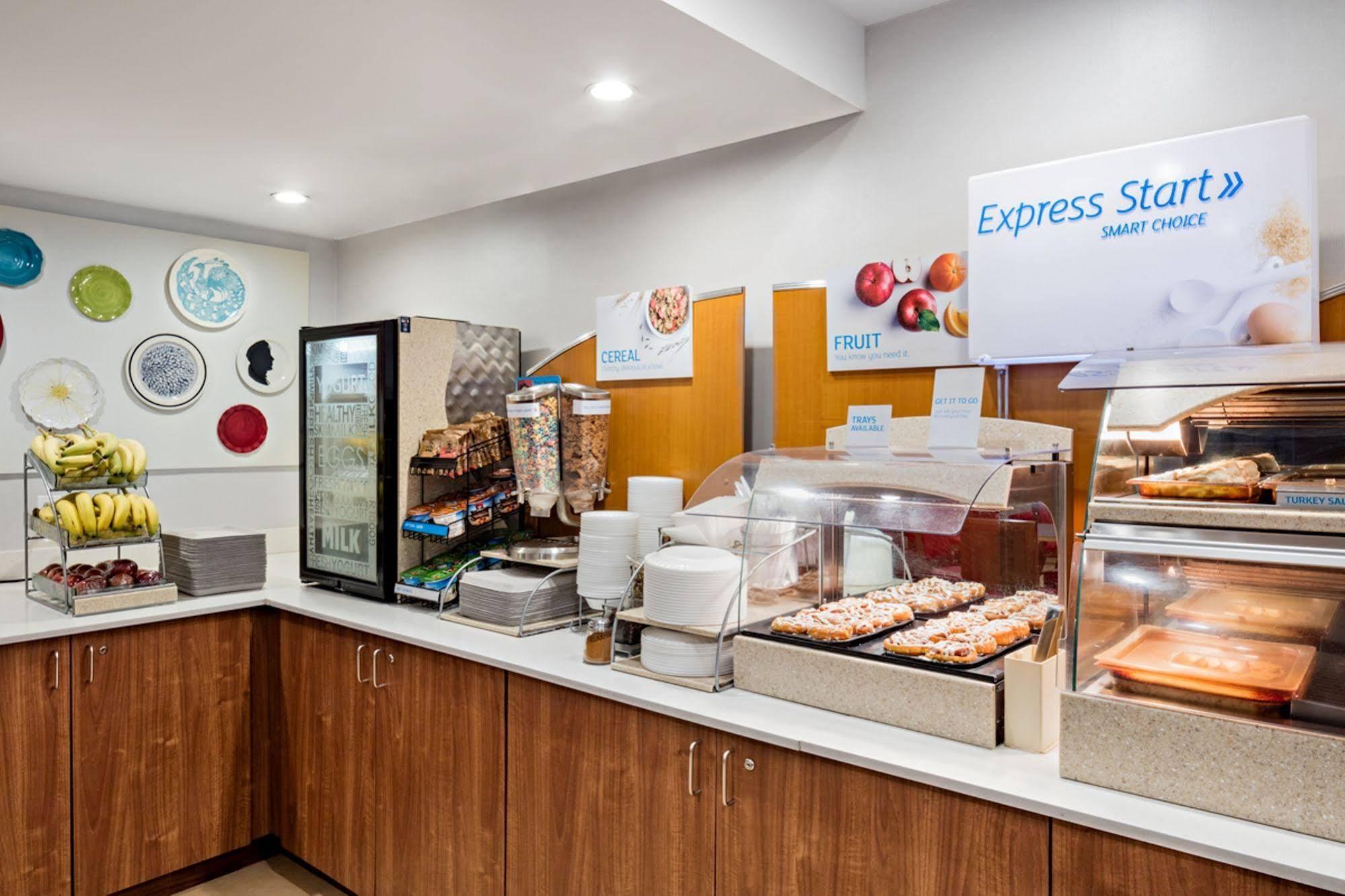 Holiday Inn Express Chesapeake Norfolk