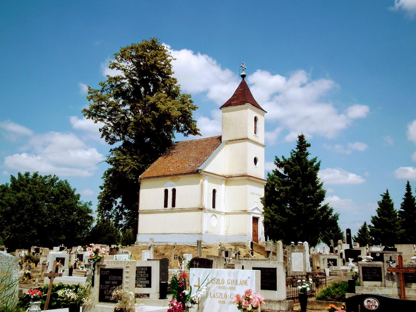 Szigetvár - Szily-kápolna a turbéki temetőben