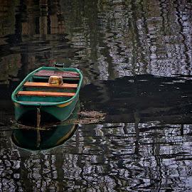 jutro na Korani by Dunja Kolar - Transportation Boats ( cruatoa, river, korana, boat )