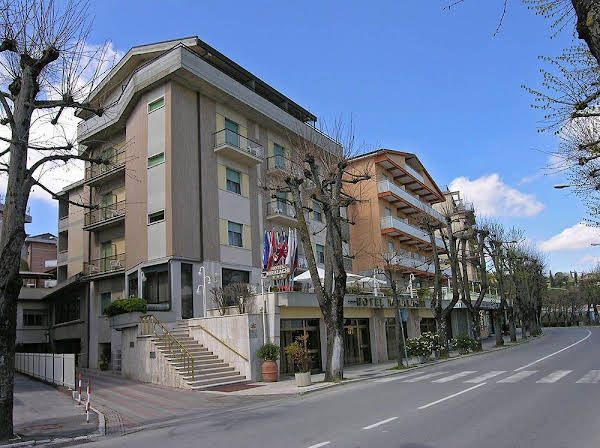 Hotel Miralaghi