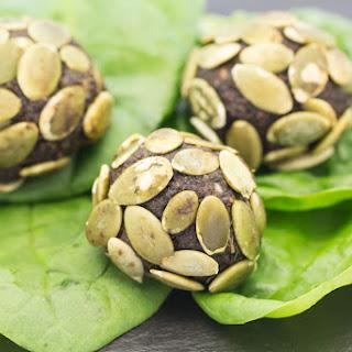 Spinach Pumpkin Seed Energy Balls Recipe