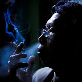 Enjoy smokes by Agus Pranayoga - People Portraits of Men ( bali, pranayoga, people )